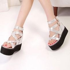 Mancienne - Cross-Strap Wedge Thong Sandals