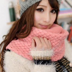 JVL - Woven-Pattern Knit Circle Scarf
