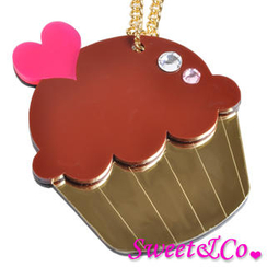 Sweet & Co. - Sweet&Co. XL  Mirror Chocolate Cupcake Gold Necklace