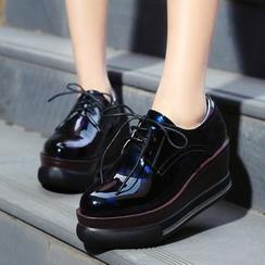 錦洋鞋業 - 繫帶厚底船跟鞋