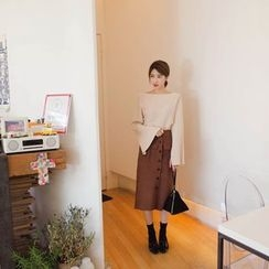 mimi&didi - Boat-Neck Slit-Cuff Knit Top