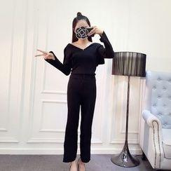 Honeydew - 套裝: 長袖V領針織上衣 + 七分褲