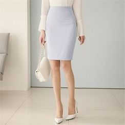 ode' - Zip-Back Pencil Skirt