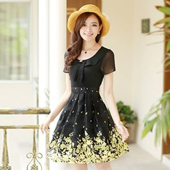 Emeline - Short-Sleeve Chiffon Flower Dress