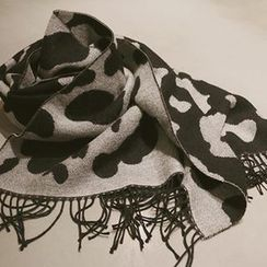 NANING9 - Leopard Pattern Fringed Scarf
