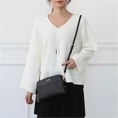 CHICFOX - V-Neck Drop-Shoulder Knit Top