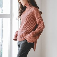JUSTONE - Turtle-Neck Dip-Back Rib-Knit Top