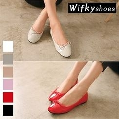 Wifky - Pointy-Toe Bow-Front Patent Flats