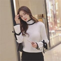 TOM & RABBIT - Tie-Cuff Contrast-Trim Chunky-Knit Top