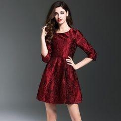 Elabo - 3/4-Sleeve Jacquard A-Line Dress