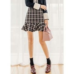 J-ANN - Ruffle-Hem Plaid A-Line Mini Skirt