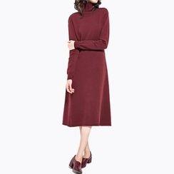 Obel - Cut Out Back Mock Neck Long Sleeve Dress