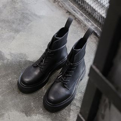 Chuoku - Lace-Up Platform Short Boots