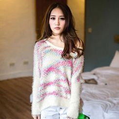 Tokyo Fashion - Patterned Furry-Knit Sweater
