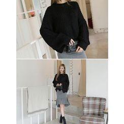 BBAEBBAE - Drop-Shoulder Rib-Knit Sweater