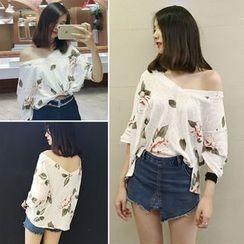 Bloombloom - Floral Print V-Neck 3/4-Sleeve T-Shirt