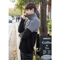 GERIO - Turtle-Neck Color-Block Sweater