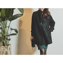 UUZONE - Collared Wool Blend Coat with Brooch