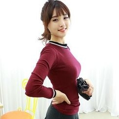 Dodostyle - Long-Sleeve Contrast-Trim Ribbed Top