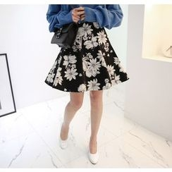Miamasvin - Jacquard Floral Flare Skirt