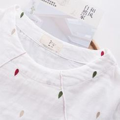 Rosadame - Embroidered Short-Sleeve Top