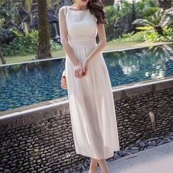Isadora - Sleeveless Midi Chiffon Dress