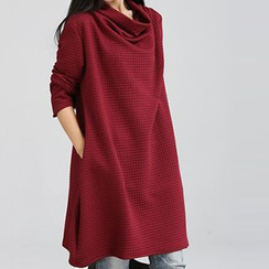 Supernova - Cowl-Neck Textured Shift Dress