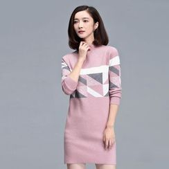 Sentubila - Patterned Knit Dress