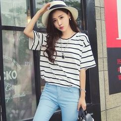 Cobogarden - Short-Sleeve Round-Neck Striped T-Shirt