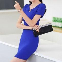 Pearlescent - 短袖塑身連衣裙