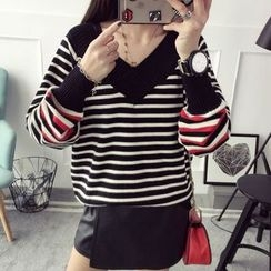 Qimi - Striped V-Neck Sweater