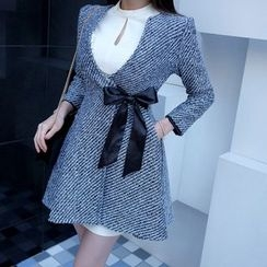Jolly Club - Bow-Accent Button Coat