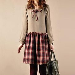 Yammi - Long-Sleeve Ribbon Collared Knit Dress