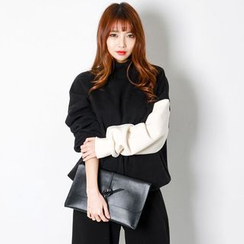 FASHION DIVA - Mock-Neck Contrast-Sleeve Pullover