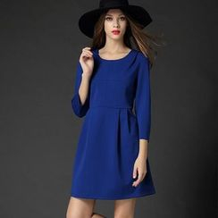 Mythmax - 3/4-Sleeve Plain Dress