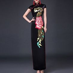 Posh Bride - Embroidered Cap Sleeve Maxi Qipao