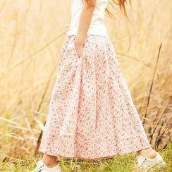 Floral Elegance - Print A-Line Maxi Skirt