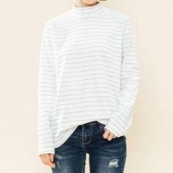 Heynew - Striped Mock Neck Long Sleeve T-Shirt
