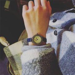 Mansfield - Retro Strap Watch