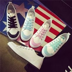 Hipsole - Lace-Up Canvas Sneakers