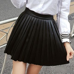Honeydew - Faux Leather Pleated Mini Skirt