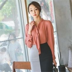 ode' - Tie-Neck Blouse
