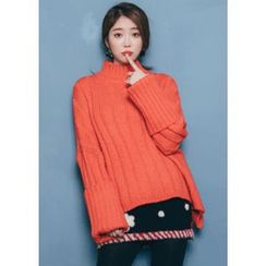 Chlo.D.Manon - Mock-Neck Oversized Rib-Knit Sweater