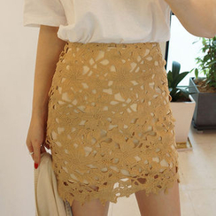 chuu - Lace Mini Pencil Skirt