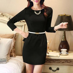 illusione - Long-Sleeve Peplum Dress