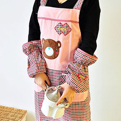 Dolly Design - Set: Bear Apron + Check Sleeve Guards