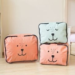 Class 302 - Animal Piped Garment Organizer