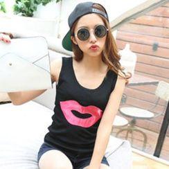 Coralie - Lips Knit Tank Top