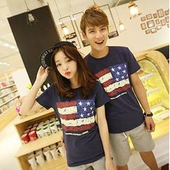 Gurun Vani - Short-Sleeve Flag Print Couple T-Shirt