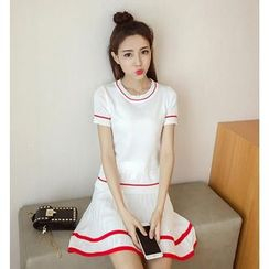 Sienne - Panel Short-Sleeve Dress